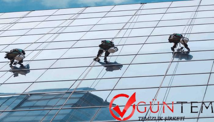 Dış cephe ve cam temizliğinde çalışan personellerde bulunması gereken özellikler
